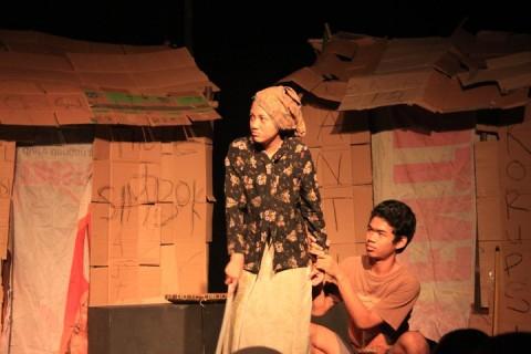 Nyanyian Kardus di SMA Negeri 7 Yogyakarta