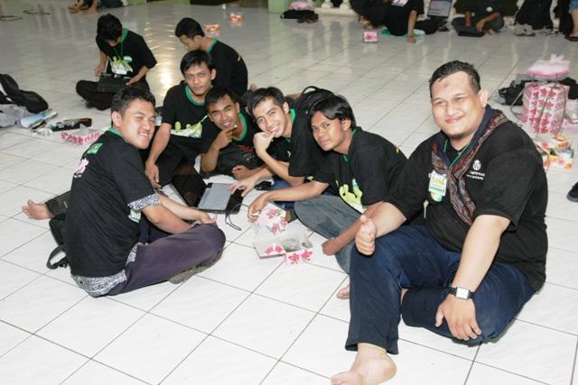 Peserta Amprokan Blogger 2010 dari Surabaya