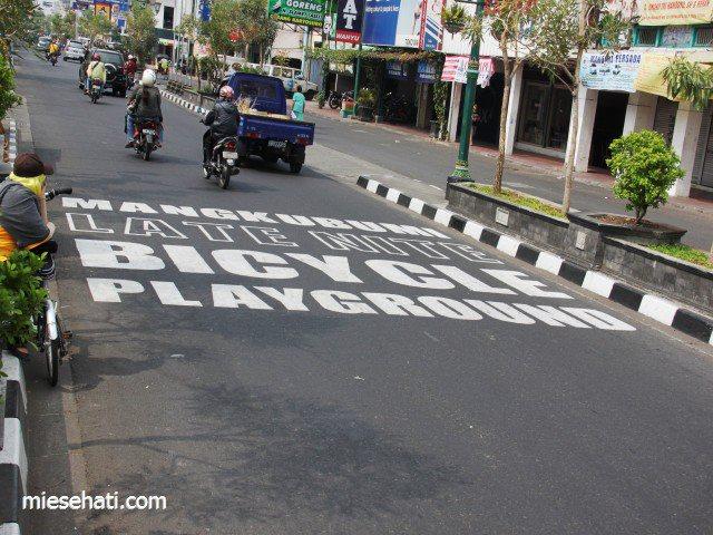 Seribu Sepeda Gowes di Dies UGM (Mangkubumi)
