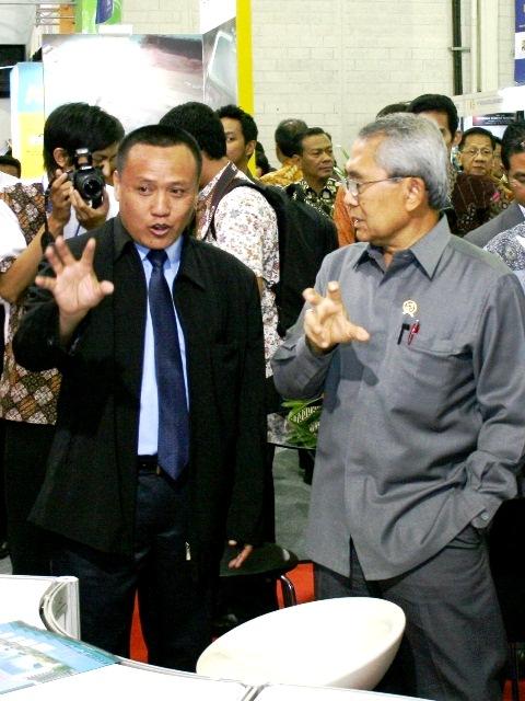 karya konstruksi indonesia menetri PU 05