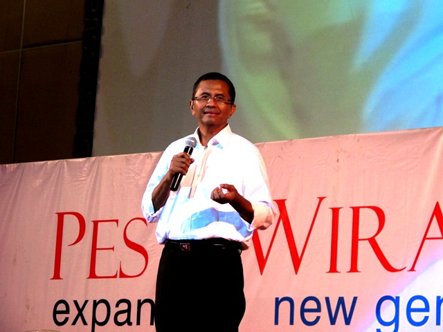 pesta wirausaha 2012 (10)  Dahlan Iskan
