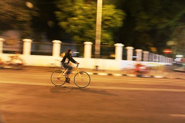 kilometer nol jogja (panning malam hari)