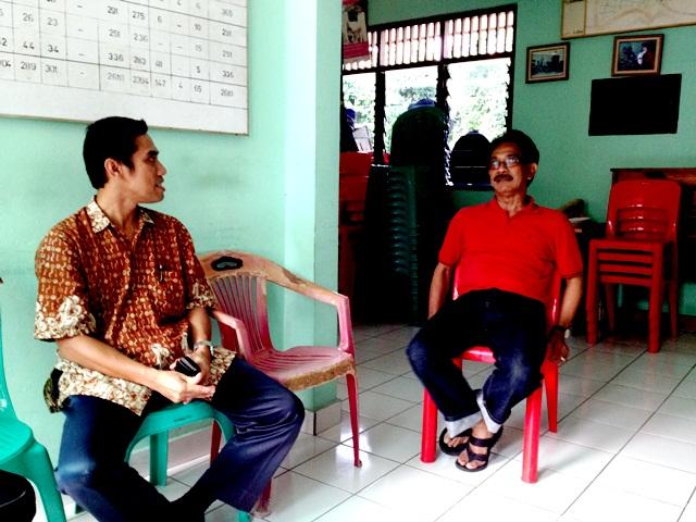 Diskusi dengan pak Chaeruddin ketua RW 08