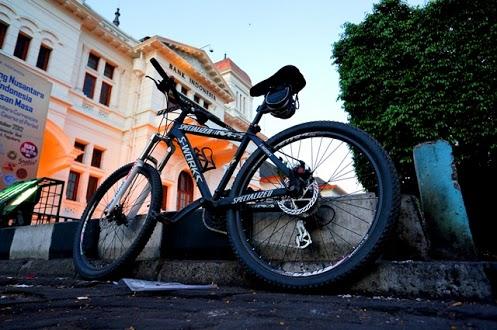 Sepeda bekas yang kubeli dari komunitas sepeda