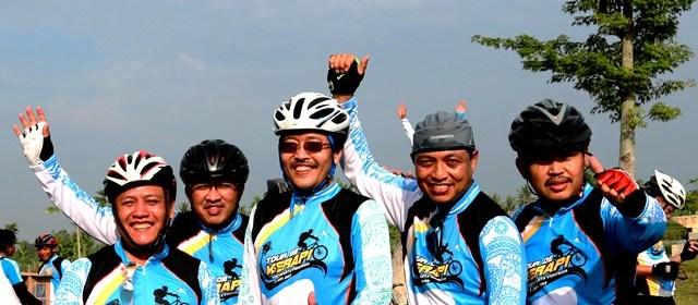 Gowes Merapi (tidak takut keserempet bis)