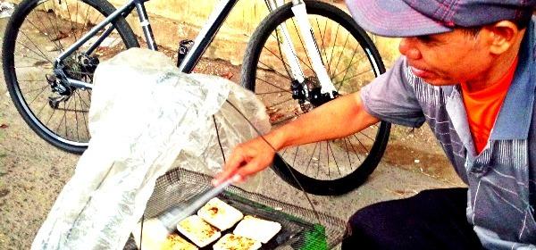 Sepedaan sendirian
