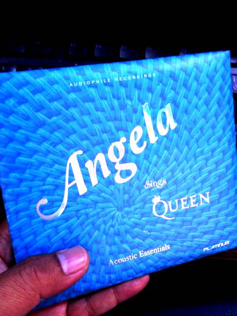 Angela sings Queen (Acoustic version)