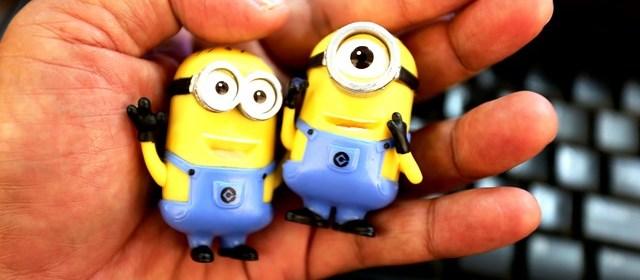Boneka Minion kuning yang menggemaskan