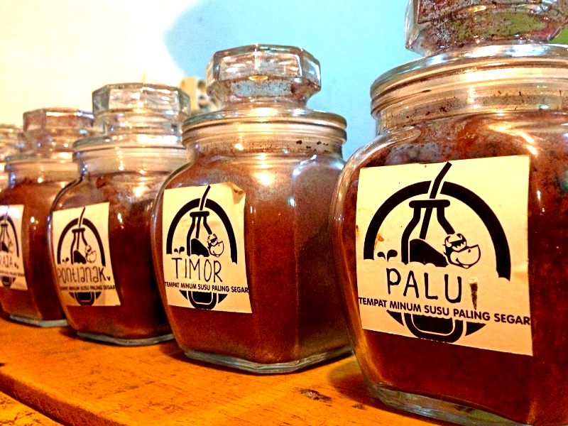 Aneka Teh di Taman Kuliner Condongcatur