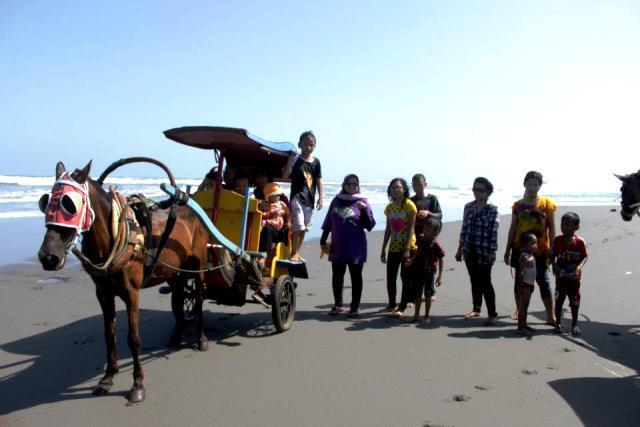 Pantai Parang Tritis Jogja