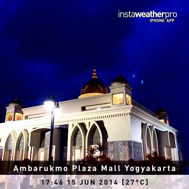Masjid di atap Mall