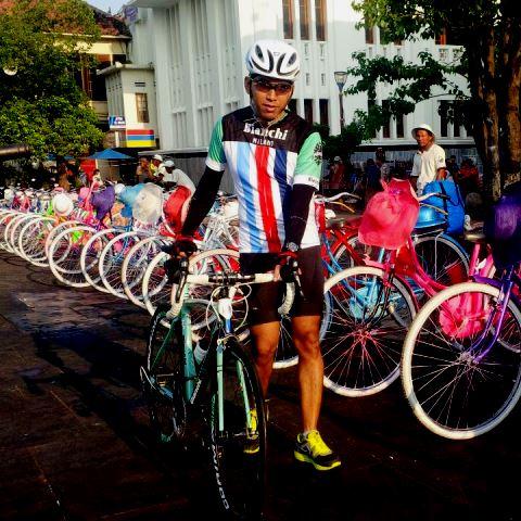 Persewaan sepeda di Kota Tua