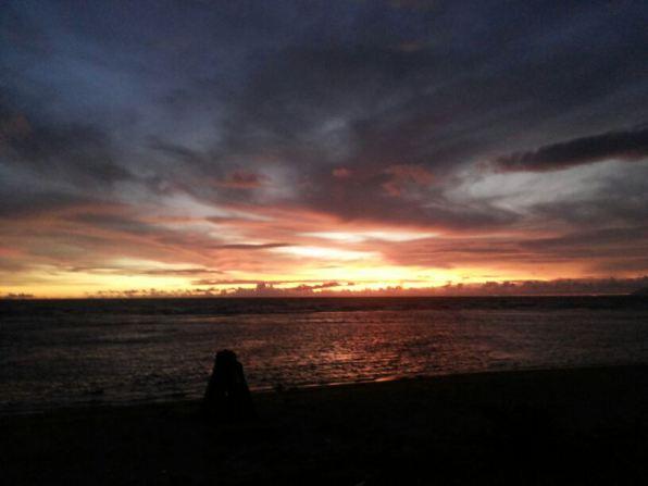 Lukisan Alam Senja di Pantai
