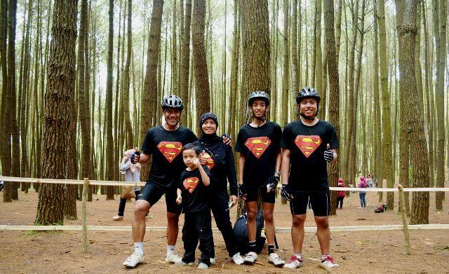 Keluarga Super keren