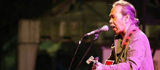 Sawung Jabo menutup FKY27 Jogja di Taman Kuliner