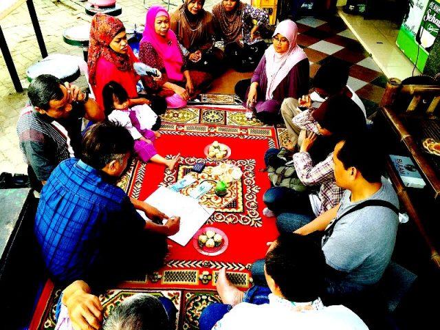 Makan bersama keluarga besar Jogja