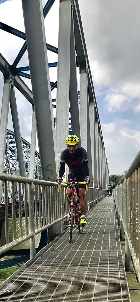 Jembatan ganda di KP (Kulon Progo)