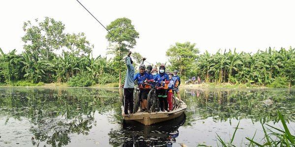 Sepeda naik perahu