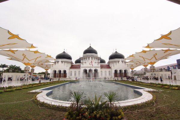 Masjid Baiturrahman Banda Aceh (sumber:kanalaceh.com)