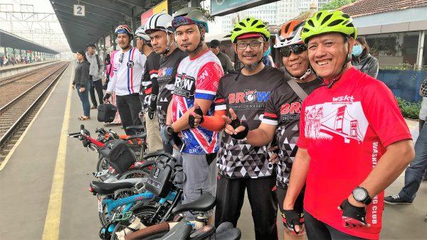 Komunitas bersepeda lipat