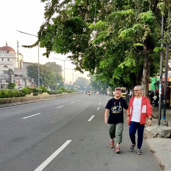 Jalan Jalan Subuh di OTISTA