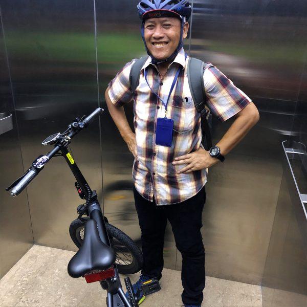 HIMO C20 masuk lift